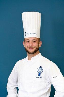 Estudió cocina y pastelería. En 2015 se incorporó al equipo de Le Cordon Bleu Madrid como parte de la brigada de producción. En 2019 fue nombrado responsable del equipo de producción y desde finales de 2020 es también profesor de Cocina Española.